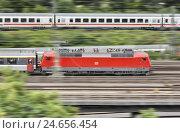 Купить «Germany, Baden-Wurttemberg, Stuttgart, locomotive, trains, tracks, blur,», фото № 24656454, снято 27 апреля 2018 г. (c) mauritius images / Фотобанк Лори