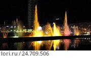 Купить «Шоу танцующих фонтанов посреди озера Ардаган. Батуми. Грузия», видеоролик № 24709506, снято 18 декабря 2016 г. (c) Евгений Ткачёв / Фотобанк Лори