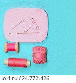 Vintage Accessories For Sewing. Стоковое фото, фотограф Светлана Сухорукова / Фотобанк Лори