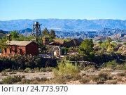 Мини-Голливуд или оазис развлечений, испанский западный тематический парк, расположенный недалеко от города Табернас в провинции Альмерия, Андалусия (2016 год). Редакционное фото, фотограф Alexander Tihonovs / Фотобанк Лори