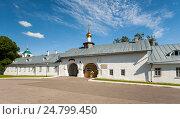 Купить «Снетогорский женский монастырь. Псков.», эксклюзивное фото № 24799450, снято 28 июня 2016 г. (c) Владимир Чинин / Фотобанк Лори