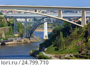 Купить «Bridges in Porto, Portugal.», фото № 24799710, снято 15 мая 2016 г. (c) Юрий Брыкайло / Фотобанк Лори