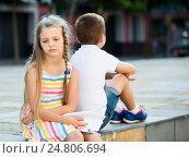Купить «sad girl in having problem with friend outdoors in park», фото № 24806694, снято 20 августа 2018 г. (c) Яков Филимонов / Фотобанк Лори