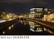 Москва, Водоотводный канал, Чугунный мост, ночной вид, эксклюзивное фото № 24839018, снято 16 октября 2010 г. (c) Dmitry29 / Фотобанк Лори
