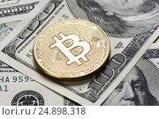 Купить «Golden bitcoin coin», фото № 24898318, снято 11 января 2017 г. (c) Александр Лычагин / Фотобанк Лори