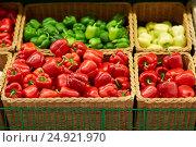 Купить «bell peppers or paprika at grocery store», фото № 24921970, снято 2 ноября 2016 г. (c) Syda Productions / Фотобанк Лори