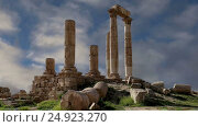 Купить «Amman city landmarks-- old roman Citadel Hill, Jordan», видеоролик № 24923270, снято 21 января 2017 г. (c) Владимир Журавлев / Фотобанк Лори