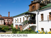 Building on the territory of the Monastery of Deposition of the Robe, Russia, Suzdal (2014 год). Стоковое фото, фотограф Денис Фоломеев / Фотобанк Лори