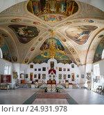Купить «Kazan women's monastery in Yaroslavl. Golden ring, Russia.», фото № 24931978, снято 8 мая 2016 г. (c) Юрий Дмитриенко / Фотобанк Лори