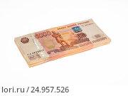 Thick bundle of money - Russian rubles. Стоковое фото, фотограф Станислав Занегин / Фотобанк Лори