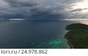 Купить «Flying over sea to thunderstorm on horizon, 4k», видеоролик № 24978862, снято 13 января 2017 г. (c) Михаил Коханчиков / Фотобанк Лори
