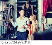 Купить «Young adult couple buying sex accessories», фото № 24979318, снято 23 марта 2019 г. (c) Яков Филимонов / Фотобанк Лори