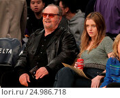 Купить «Celebrities watch the Los Angeles Lakers play The Golden State Warriors Featuring: Jack Nicholson, Lorraine Nicholson Where: Los Angeles, California, United States When: 05 Jan 2016 Credit: WENN.com», фото № 24986718, снято 5 января 2016 г. (c) age Fotostock / Фотобанк Лори