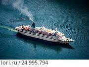 Купить «Cruise Liners On Geiranger fjord, Norway», фото № 24995794, снято 20 июля 2016 г. (c) Андрей Армягов / Фотобанк Лори