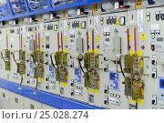 Современное высоковольтное распределительное устройство 6 кВ. Стоковое фото, фотограф Геннадий Соловьев / Фотобанк Лори