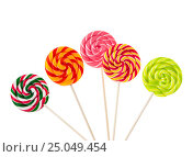 Купить «Colorful lollipops isolated on white background», фото № 25049454, снято 1 февраля 2017 г. (c) Наталия Пыжова / Фотобанк Лори