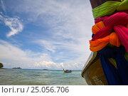 Лодка на острове Пи-Пи. Таиланд (2009 год). Стоковое фото, фотограф Максим Попыкин / Фотобанк Лори