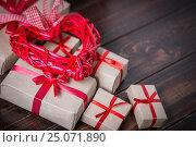 Купить «Red heart on wooden», фото № 25071890, снято 3 февраля 2017 г. (c) Типляшина Евгения / Фотобанк Лори