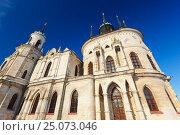 Купить «Владимирская церковь в Быково», фото № 25073046, снято 19 апреля 2019 г. (c) OSHI / Фотобанк Лори