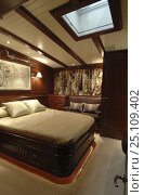 """Купить «Forward guest cabin on luxury yacht 180ft ketch """"Adele"""".^^^ The ketch is a 180-foot Andre Hoek designed yacht, built by Vitters Shipyard, Holland...», фото № 25109402, снято 19 января 2020 г. (c) Nature Picture Library / Фотобанк Лори"""