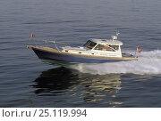 Купить «Little Harbor whisper jet powerboat.», фото № 25119994, снято 20 сентября 2018 г. (c) Nature Picture Library / Фотобанк Лори