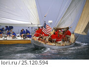 "Купить «12 metres ""Gleam"" and ""Heritage"" sailing off Newport, Rhode Island, USA», фото № 25120594, снято 18 июля 2019 г. (c) Nature Picture Library / Фотобанк Лори"