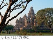 Купить «Khajuraho temple, Khajuraho Monuments, Madhya Pradesh, India, February 2007.», фото № 25179062, снято 25 мая 2019 г. (c) Nature Picture Library / Фотобанк Лори