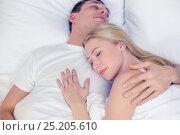 Купить «happy couple sleeping in bed», фото № 25205610, снято 23 ноября 2013 г. (c) Syda Productions / Фотобанк Лори