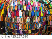 Купить «Wide angle view of soft leather Moroccan slippers in the Souk, Medina, Marrakech, Morocco, 2011», фото № 25237590, снято 19 августа 2018 г. (c) Nature Picture Library / Фотобанк Лори