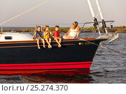 Купить «Woman and children relaxing on board Tartan sailing boat 'Glory' off the coast of Newport, Rhode Island, USA, July 2011. All non-editorial uses must be cleared individually.», фото № 25274370, снято 25 июня 2019 г. (c) Nature Picture Library / Фотобанк Лори
