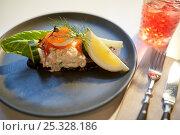 Купить «close up of toast skagen with caviar and bread», фото № 25328186, снято 16 января 2017 г. (c) Syda Productions / Фотобанк Лори