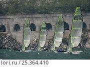 Купить «49er skiffs racing at the World Championships on Lake Garda, Italy. July 2009.», фото № 25364410, снято 28 мая 2018 г. (c) Nature Picture Library / Фотобанк Лори