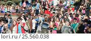 Купить «Парад мыльных пузырей Dreamflash на ВДНХ», эксклюзивное фото № 25560038, снято 2 мая 2013 г. (c) Алёшина Оксана / Фотобанк Лори