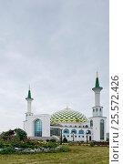 Купить «Сибирь, Кемерово. Мечеть, построена в 2008 г», фото № 25572426, снято 22 августа 2016 г. (c) Александр Циликин / Фотобанк Лори
