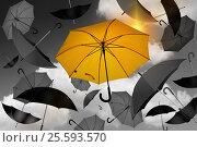 Желтый зонт. Стоковое фото, фотограф Ирина / Фотобанк Лори