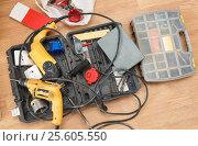 Купить «Tool box and set of screws», фото № 25605550, снято 31 августа 2015 г. (c) Ярочкин Сергей / Фотобанк Лори