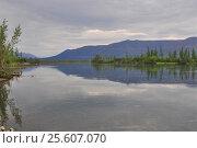 Купить «Нижнее течение реки Муксун, плато Путорана», фото № 25607070, снято 29 июля 2015 г. (c) Сергей Дрозд / Фотобанк Лори
