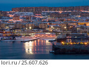Купить «Вид на город Мурманск», фото № 25607626, снято 23 февраля 2017 г. (c) Ирина Здаронок / Фотобанк Лори
