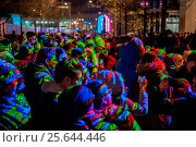 Купить «Londoners in selfie heaven during Lumiere London 2016. The Light Graffiti installation by Floating Pictures was supposed to be projected onto the road...», фото № 25644446, снято 17 января 2016 г. (c) age Fotostock / Фотобанк Лори