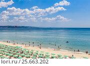 Купить «Отдых на Черном море. Курорт Албена, Болгария», фото № 25663202, снято 21 июля 2016 г. (c) Николай Коржов / Фотобанк Лори