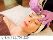 Купить «woman having microdermabrasion facial treatment», фото № 25707226, снято 26 января 2017 г. (c) Syda Productions / Фотобанк Лори