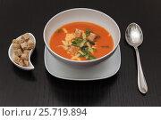 Still life: tomato soup. Стоковое фото, фотограф Ксения Богданова / Фотобанк Лори
