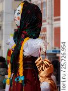 Купить «Кукла масленица. Самара», фото № 25726954, снято 26 февраля 2017 г. (c) Акиньшин Владимир / Фотобанк Лори