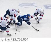 Купить «Ilya Shipov (98) fall down», фото № 25736054, снято 12 октября 2016 г. (c) Alexander Mirt / Фотобанк Лори