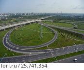 Aerial view on roads junction (2016 год). Стоковое фото, фотограф Михаил Коханчиков / Фотобанк Лори