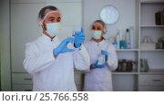 Купить «The doctor is going to inject», видеоролик № 25766558, снято 4 января 2017 г. (c) Яков Филимонов / Фотобанк Лори