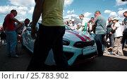 Купить «IZHEVSK, RUSSIA - JUNE 22, 2014: New Kia Ceed at the presentation of car», видеоролик № 25783902, снято 22 июня 2014 г. (c) Илья Насакин / Фотобанк Лори