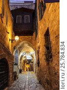 Средневековая улочка ночью в Яффо, Тель-Авив, Израиль, фото № 25784834, снято 2 декабря 2015 г. (c) Наталья Волкова / Фотобанк Лори