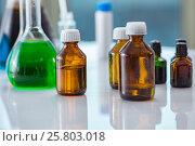 Купить «Various chemical solutions in the lab», фото № 25803018, снято 28 ноября 2016 г. (c) Elnur / Фотобанк Лори