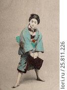 Купить «Дореволюционная открытка с изображением японской девушки», фото № 25811226, снято 22 марта 2017 г. (c) Николай Винокуров / Фотобанк Лори